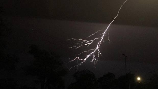 A Cromwell house started smoking after it was struck by lightning on Wednesday night.
