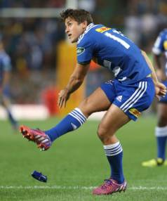 Demetri Catrakilis kicks a goal for the Stormers during their 15-13 win over the Stormers at Newlands Stadium.