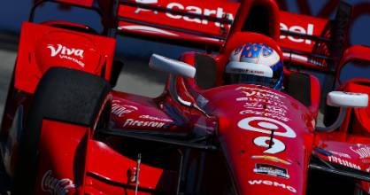 New Zealand IndyCar driver Scott Dixon clinched his fourth IndyCar title in a dramatic finale in California.