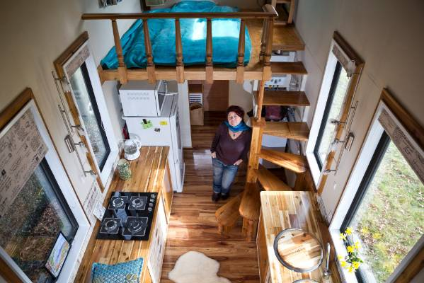 Living In A Mobile Home While Building