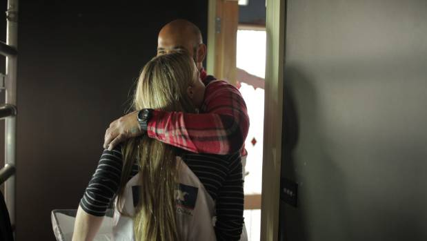 Hayden consoles Jamie after an emotional first week on The Block.