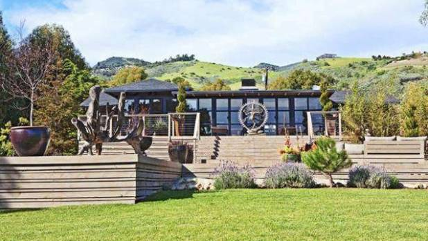 Liam Hemsworth's ranch-style Malibu house cost the actor US$6.8 million.