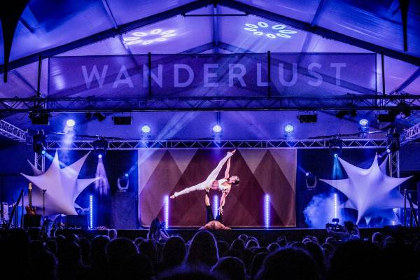 The Wanderlust Spectacular show opened Wanderlust Great Lake Taupo for 2016.