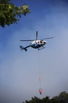 Helicopters were deployed to battle a scrub fire in Upper Hutt.