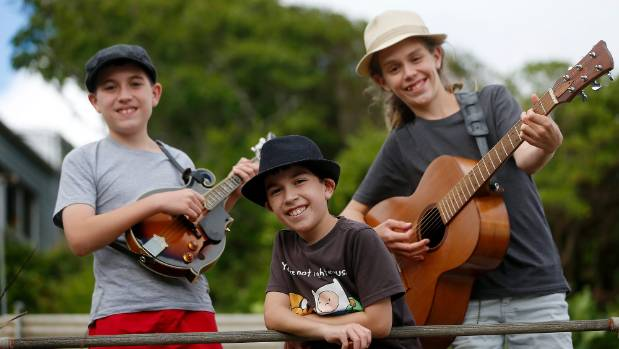 The brothers play a gig at the Wellington Bluegrass Society on Friday.