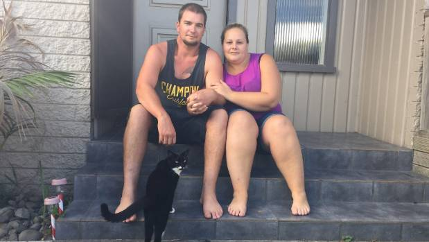 Kirsten Eaton-Luster and Brad Sherratt are trying to offload their $48,000 personal debt on TradeMe.