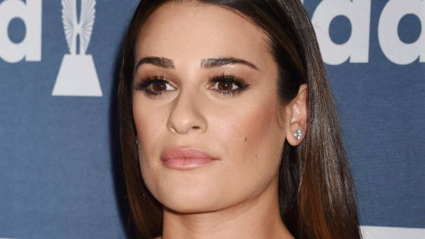 Lea Michele Gets Her Lips & Brows Waxed in Snapchat Videos!