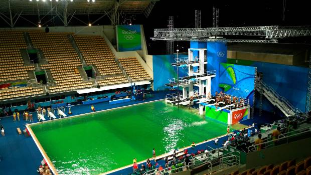 Green diving pool at Olympics baffles organisers