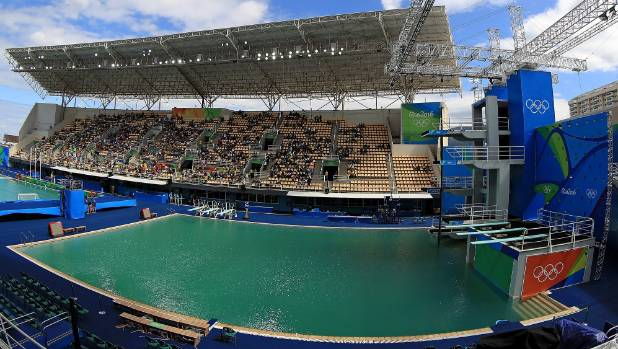 Second Rio pool turns green, officials promise return of blue water
