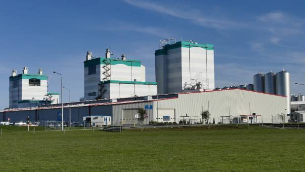 Fonterra boosts forecast milk price