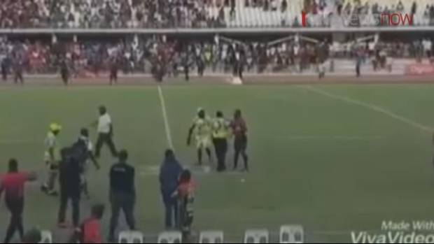 'Primitive' brawl breaks out at Papua New Guinea rugby league game