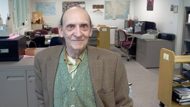 Late librarian gave millions to school where he worked, ABC News reports