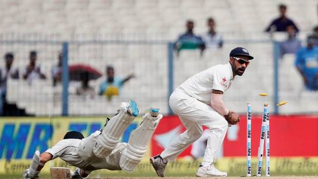 India extend lead over New Zealand in 2nd test to 339 runs