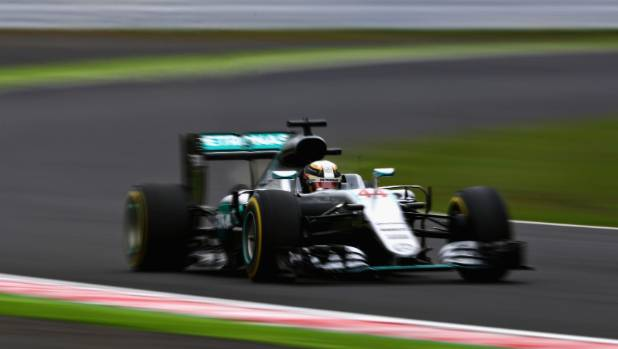 Rosberg extends lead with dominant Japan win