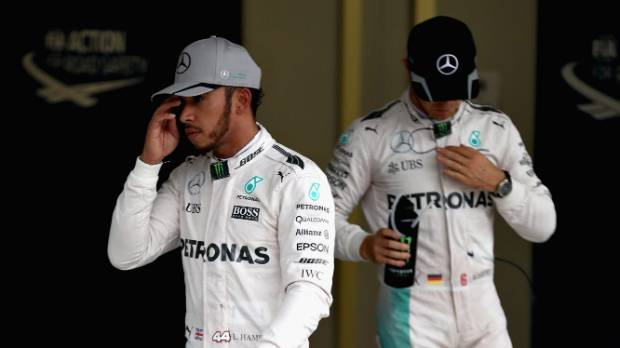 Mercedes Lewis Hamilton and Nico Rosberg at the Japanese GP